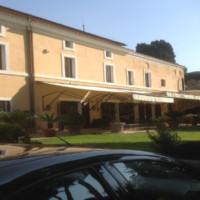 Rome Appia Antica, magnificent historical villa for sale