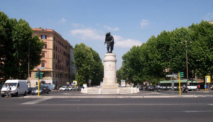 Roma nomentano elegante palazzetto uso ufficio in affitto for Affitto uso studio roma