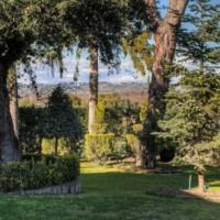 Roma Olgiata elegante villa con piscina e parco in vendita o locazione